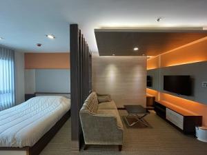 ขายคอนโดปิ่นเกล้า จรัญสนิทวงศ์ : @@ขายห้องสวย ใหม่มาก THE TRUST ปิ่นเกล้า ขนาด 1 ห้องนอน 29 ตรม. Buit-in ใหม่ทั้งห้อง ชั้นสูงวิวสวย ติดต่อ 087-499-6664@@