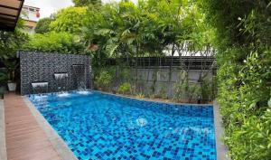 For RentHouseSukhumvit, Asoke, Thonglor : Rental / Selling : House With Private Pool in Thonglor