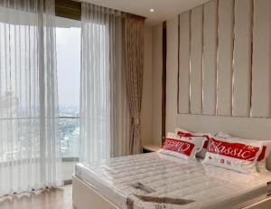 ขายคอนโดวงเวียนใหญ่ เจริญนคร : For Sell คอนโดหรู Magnolias Waterfront Residences ICONSIAM Fully Furnished  1 bedroom plus (S2325)