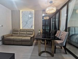 For RentCondoLadprao, Central Ladprao : 🔥Urgent 📌Life Lat Phrao 📌 Big room, luxury decoration, fully furnished, near MRT, special price, negotiable!!!