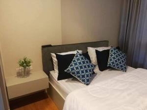 For RentCondoOnnut, Udomsuk : For rent  The Base Sukhumvit 77 - 1Bed, size 30 sq.m. Beautiful room, fully furnished.