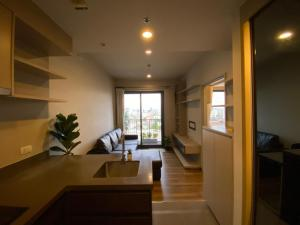 For RentCondoSapankwai,Jatujak : 🎯Onyx Phaholyothin !! Spacious room, fully furnished, near BTS, free internet throughout the contract !! Like to negotiate on the job. (T00019)