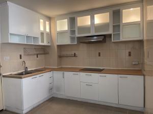 For RentCondoBangna, Lasalle, Bearing : ให้เช่าห้องใหญ่ขนาด 76 ตรม. 2 ห้องนอน 2 ห้องน้ำ ห้องกว้างน่าอยู่มาก จร้า