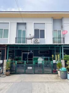 For SaleTownhouseSamrong, Samut Prakan : ขายด่วน🔥🔥 ทฮ.กัสโต้เทพารักษ์ 3 นอน 2 น้ำ ต่อเติมครัวแล้ว🏠