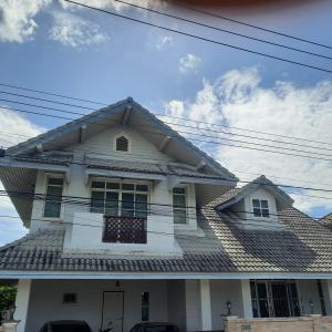 ขายบ้านเกษตร นวมินทร์ ลาดปลาเค้า : ขาย บ้านเดี่ยว 2 ชั้น 53 ตารางวา 3 นอน 3 น้ำ ในหมู่บ้านนพอนันต์