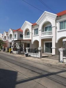 เช่าทาวน์เฮ้าส์/ทาวน์โฮมบางนา แบริ่ง : ให้เช่า นิรันทร์วิล10 ถนนศรีวารีน้อย บางนา บ้านสวย พร้อมอยู่⚡