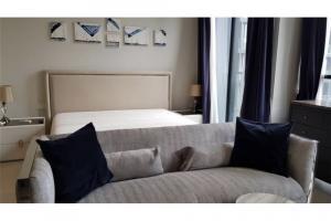 For RentCondoWitthayu,Ploenchit  ,Langsuan : Condo For Rent Noble Ploenchit 1 Bedroom Floor 22