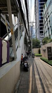 For SaleCondoSathorn, Narathiwat : ขายคอนโดหรูติดรถไฟฟ้าบีทีเอส Diplomat สาทร
