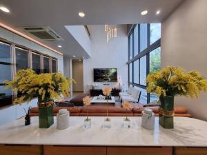 "For RentHouseRatchadapisek, Huaikwang, Suttisan : Rental / Selling  : Single House With Full Furniture in Ratchada ""Parc-Priva"""