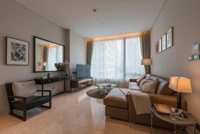 For RentCondoWitthayu,Ploenchit  ,Langsuan : Sindhorn Residence for Rent