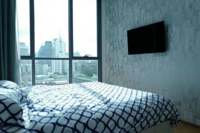 ขายคอนโดนานา : ขาย คอนโด ไฮด์ สุขุมวิท 13 2 ห้องนอน ใกล้ BTS สถานี นานา
