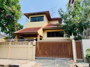 For RentHouseSathorn, Narathiwat : Single House For Rent in Sathorn Narathiwas 4 bed 4 bathroom Size 275sqm, plz contac to visit