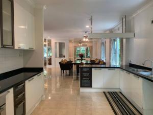 For RentHouseRamkhamhaeng,Min Buri, Romklao : Big House for Rent in Lake Side Zone Perfect Place Ramkhamhaeng 164