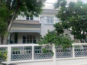 For RentHouseRamkhamhaeng,Min Buri, Romklao : HR842ให้เช่าบ้านเดี่ยว เนื้อที่ 108 ตรว.หมู่บ้าน เพอร์เฟค เพลส รามคำแหง 164 Lake Zone ตกแต่งหรูพร้อมอยู่