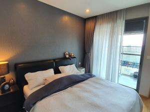 For RentCondoSathorn, Narathiwat : ### เช่า The Breeze นราทิวาส 1Bedroom ห้องสวยสุดครบสุดน่าอยู่สุด เพียง 19,500 บาท/เดือน ###