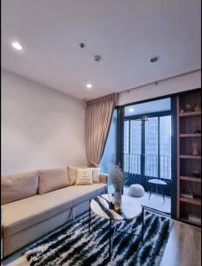 For RentCondoRama9, RCA, Petchaburi : Ideo mobi Asoke, high floor, beautiful view, in the heart of Asoke