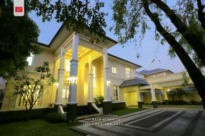 For SaleHouseKaset Nawamin,Ladplakao : ขายบ้านหรู The Royal Residence เกษตร-นวมินทร์ Contemporary Series 196 ตร.ว. 4 นอน 6 น้ำ 65 ล้านบาท