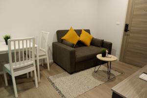 For RentCondoBangna, Lasalle, Bearing : ให้เช่าคอนโด Notting Hill สุขุมวิท 105 / 1 นอน 25 ตรม. ชั้น 3 ห้องสวย วิวสวน แต่งครบ มีเครื่องซักผ้า