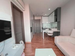 เช่าคอนโดรัชดา ห้วยขวาง : 🔥 Best Price Room for Rent 1 Bed+ Only 19,000 THB. 🔥 IVY Ampio Pls. Contact K'Noon 064 554 2655