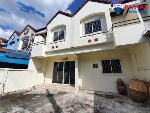 For SaleTownhouseBang kae, Phetkasem : ขายถูกทาวน์เฮ้าส์ หมู่บ้านเพชรอัมพร เพชรเกษม79 เนื้อที่ 34 ตร.ว 2คูหาติด ต่อเติมแล้ว สวย สภาพดี