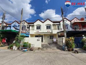 For SaleTownhouseBang kae, Phetkasem : ขายด่วนทาวน์เฮ้าส์ 2 คูหา มบ.เพชรอัมพร เพชรเกษม79 เนื้อที่ 34 ตร.ว  ต่อเติม สวยใหม่ สภาพดี
