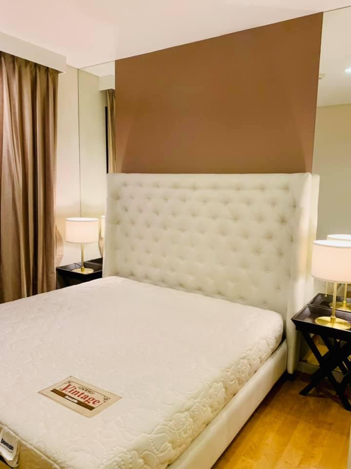 เช่าคอนโดพระราม 9 เพชรบุรีตัดใหม่ : ให้เช่าคอนโดหรู Villa อโศก ขนาด 1ห้องนอน 41 ตารางเมตร ติด MRT เพชรบุรี