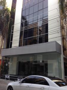 For RentOfficeLadprao101, The Mall Bang Kapi : รหัสC4337 ให้เช่าสำนักงาน 6ชั้น ถนนลาดพร้าว บางกะปิ มีลิฟท์ ใกล้เดอะมอลล์
