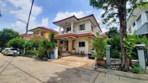 For SaleHouseBang kae, Phetkasem : Vายหมู่บ้านวรารมย์  เพชรเกษม 81 – บางบอน 5 ขนาด 60 ตรว. 5 นอน 2 น้ำ มีห้องนอนด้านล่าง สำหรับผู้ใหญ่ ใกล้สโมสร