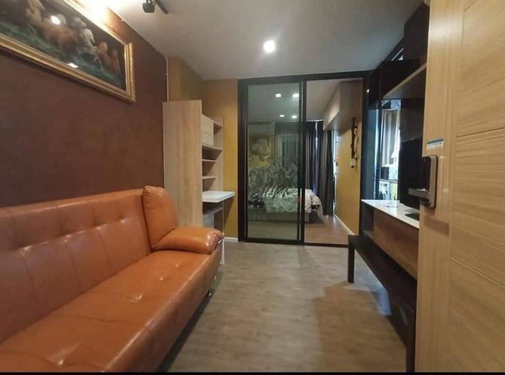 For RentCondoSamrong, Samut Prakan : LC-R634 For rent TOPICANA ERAWAN, beautiful room, Building B, 6th floor, room divided 30 sqm.