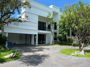For RentHousePattanakan, Srinakarin : 4 bedrooms house for rent in Panya Village, Phatthanakan, Suan Luang Subdistrict, Suan Luang District, Bangkok.