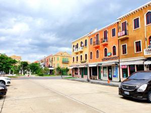 For SaleShophouseNawamin, Ramindra : ขายอาคารพาณิชย์ 3 ชั้น เวนิส ดี ไอริส วัชรพล