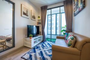 For RentCondoOnnut, Udomsuk : IDEO MOBI Sukhumvit 🍁Size 30 sq.m. 🍁 1 bedroom 🍁 pool view, very beautiful decorated room
