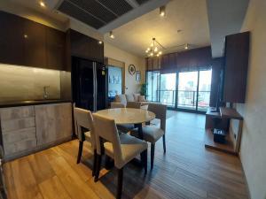 For RentCondoSukhumvit, Asoke, Thonglor : The Lofts Asoke 2br for Rent