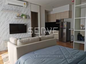 For RentCondoSukhumvit, Asoke, Thonglor : Modern Style Studio Super High Fl. 30+ Good Location  BTS Phrom Phong / Condo For Rent