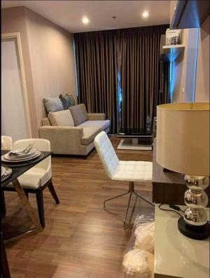 For RentCondoBang Sue, Wong Sawang : 🏚ปล่อยเช่า/ขาย condo :  Chewathai Interchange เตาปูน คอนโด 2 ห้องนอน 55 ตรม  ชั้น 15เฟอร์และของตกแต่งครบเป็นห้องตัวอย่าง2 ห้องนอน2 ห้องน้ำ3 Air Con2 เครื่องทำน้ำอุ่นอาบน้ำเครื่องซักผ้าแบบอบแห้งตู้เย็นทีวี•••••••••••••••••••••••••••••••••••••••💰ราคาเช่า  :