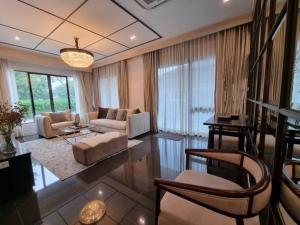 For RentHousePattanakan, Srinakarin : Luxury single house for rent. with private pool, บุราสิริ พัฒนาการ Burasiri Pattanakarn