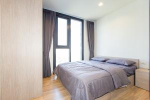 For RentCondoRama9, RCA, Petchaburi : Sell or rent