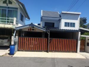 For SaleHouseVipawadee, Don Mueang, Lak Si : (รหัส A03086401) ขายบ้านแฝด 2 ชั้น 35 ตรว.  หมู่บ้าน สหกรณ์ครูไทย ย่านดอนเมือง  ซ.สรณคมน์14 พร้อมแอร์  3 เครื่อง
