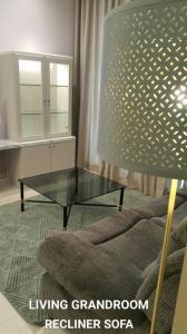 เช่าคอนโดวิทยุ ชิดลม หลังสวน : Noble Ploenchit ให้เช่า 2 ห้องนอน 81.87 ตร.ม. ชั้น 22 พร้อมอยู่ใกล้ BTS เพลินจิตเดินทางสะดวก