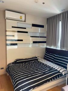 For RentCondoWongwianyai, Charoennakor : B398-B218 Condo for rent, Fuse Sathorn-Taksin, area 27 sq.m., 19th floor, near BTS Wongwian Yai, special price 12,000 baht, area 27 sq.m., 19th floor, electrical appliances, fully furnished.