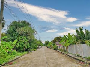 For SaleLandRamkhamhaeng,Min Buri, Romklao : ขาย ที่ดิน ถนนประชาสำราญ(ลำลูกกา-หนองจอก)  คลองสิบสอง ถมแล้ว ซอยสวนเกษตรเคหะการ  ใกล้โรงพยาบาลลำลูกกา แขวงคลองสิบสอง เขตหนองจอก กทม.