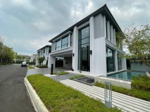 ขายบ้านอ่อนนุช อุดมสุข : Selling : Luxury House with Pool Villa in Onnut Wongwean