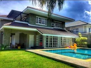 For SaleHousePattaya, Bangsaen, Chonburi : House with private pool for Sales in Jomtien, Chonburi