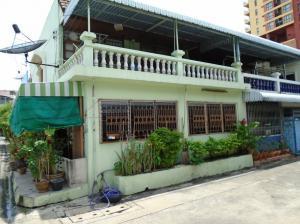 For SaleTownhouseRatchadapisek, Huaikwang, Suttisan : ขายทาวน์เฮ้าส์ 21 ต.ร.ว 3ห้องนอน 3 ห้องน้ำ  พร้อมเฟอร์นิเจอร์