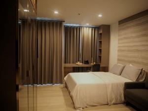 For RentCondoWitthayu,Ploenchit  ,Langsuan : @condorental ให้เช่า Life One Wireless ห้องสวย ราคาดี พร้อมเข้าอยู่!!