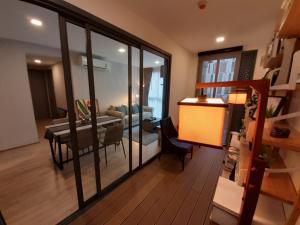 For RentCondoSukhumvit, Asoke, Thonglor : ให้เช่า Taka Haus เอกมัย 12 ,2 ห้องนอน 2 ห้องน้ำ และสวนญี่ปุ่นส่วนตัวในบ้าน อย่างเก๋ ,ชั้น 3 ติดสระ ห้องมุม,พื้นที่ 64.76 ตารางเมตร