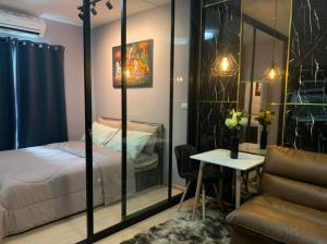 For RentCondoPinklao, Charansanitwong : ให้เช่า uniocondo จรัญสนิทวงศ์3 แต่งสวย เฟอร์ฯ +เครื่องใช้ไฟฟ้าครบ กั้นห้องนอน สามารถเข้าอยู่ได้เลย 👍