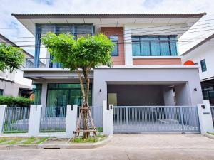 For SaleHouseSamrong, Samut Prakan : TC-9096 ขายด่วน บ้านเดี่ยว Atoll Javabay วิวหน้าสวนและสระว่ายน้ำ เป็นบ้านตัวอย่าง ตกแต่งใหม่ทั้งหลัง พร้อมอยู่