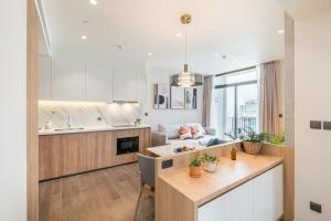 For RentCondoSukhumvit, Asoke, Thonglor : For rent Muniq sukhumvit 23 /2 bed 2bath70 sqm. View:west