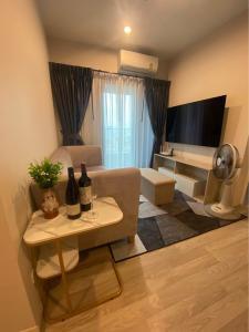 For RentCondoRama9, RCA, Petchaburi : @condorental ให้เช่า The Privacy Rama 9 ห้องสวย ราคาดี พร้อมเข้าอยู่!!